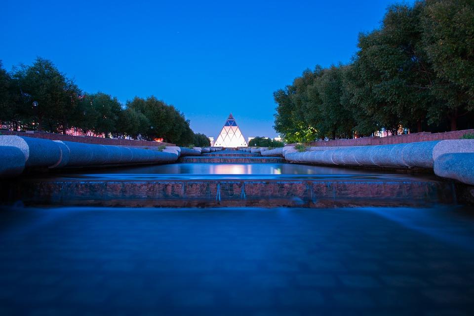 Norman Foster palacio de la paz y la concordia